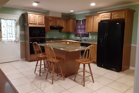Holiday Beach Town Vacation Home / MS Gulf Coast