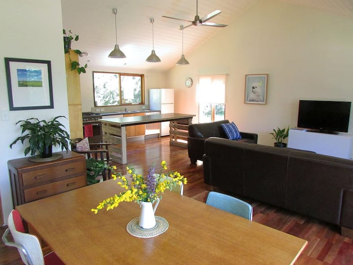 Tranquil rural 2BR cottage near Beechworth