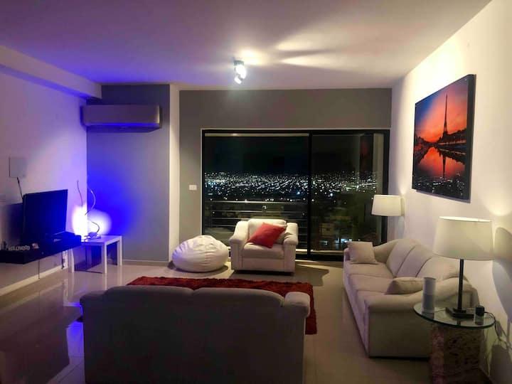 Habitación en Penthouse con vista a ciudad