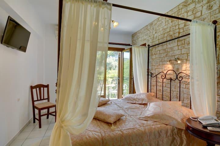 Extra Romantic Hotel Agnadi Horefto