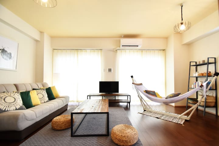 Top Floor APT With Hammock! Kokusai Street 8mins