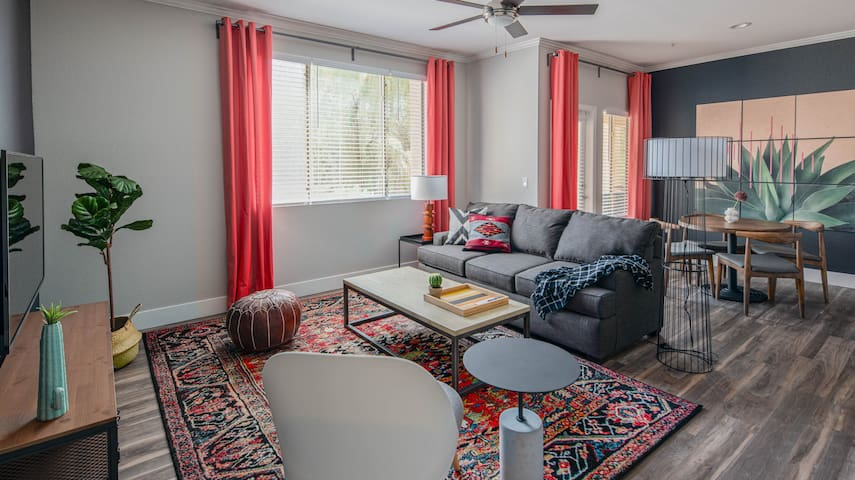 Sleek 1BR | North Scottsdale #1074 by WanderJaunt