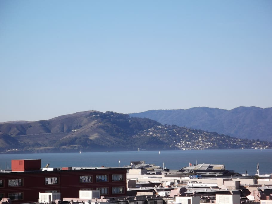 Angel Island view from kitchen. Fisherman's Wharf close by.
