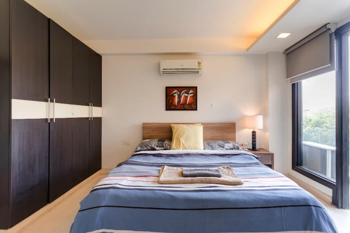 COMFORTABLE STAY 4 ROOMS @ F6