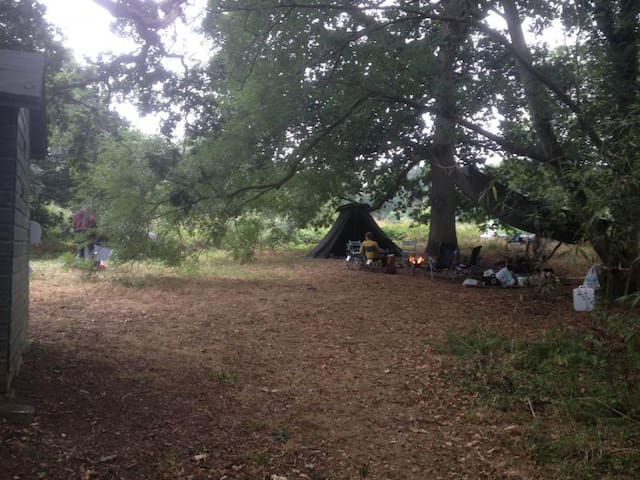 Nearly Wild Camping by the River Beult in Yalding - Yalding - Annat