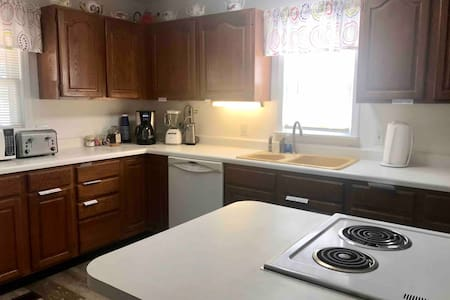 Lytle House, Parsons, 1 bath, 1 level, 1 bed
