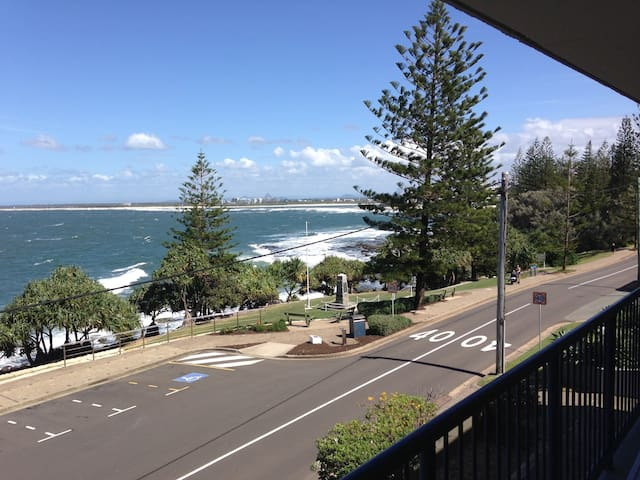 Fantastic Expansive Ocean View, Great Location