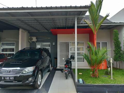 Homy Family Homestay di tengah kota Purwokerto