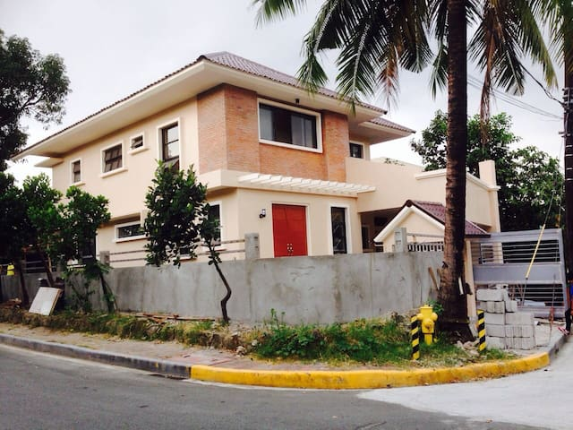 BDRM FOR RENT  IN GATED COMMUNITY - Manila - Ev