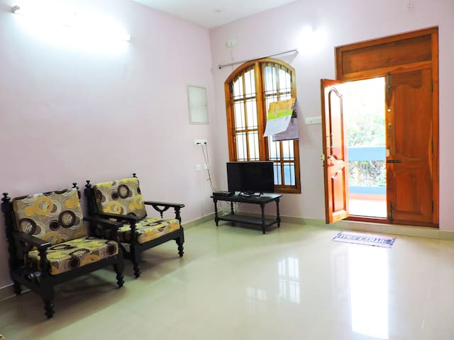 AAHA Large Group Stay Accommodation with AC WiFi