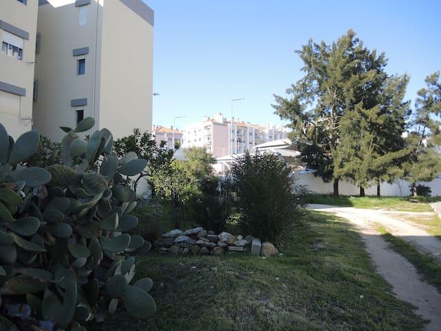 Confortável apartamento a 5km de Sintra - Rio de Mouro - Apartment