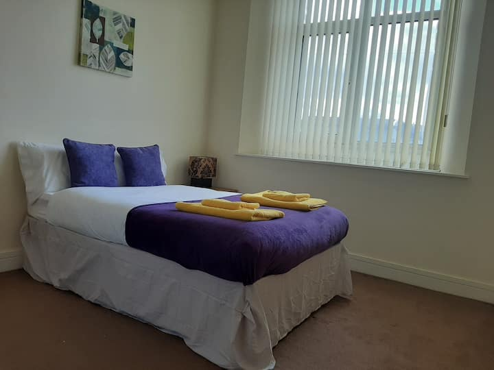 Apartment for 8 in City Centre near Barbican & Hoe