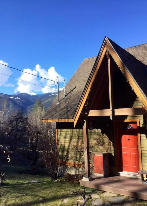 Mtn St Orchard Cottage with view (no cleaning fee)