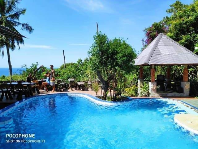 Luxury resort - large pool and beautiful sea view