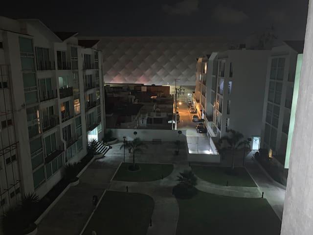 Alojate a un costado del estadio la Bombonera