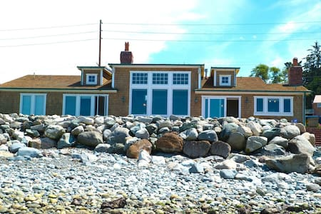 The ultimate Whidbey Beach House. - Oak Harbor - Casa