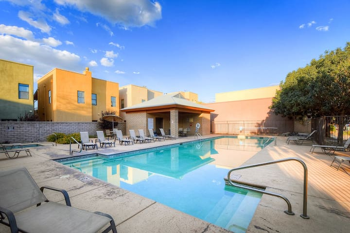 Premium Cleaned | Comfortable home in Tucson - near town w/ a fireplace, shared pool, & hot tub