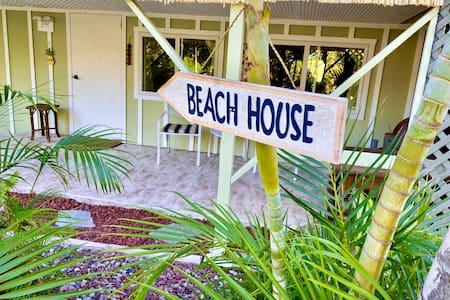 Hale Aloha - House of Love