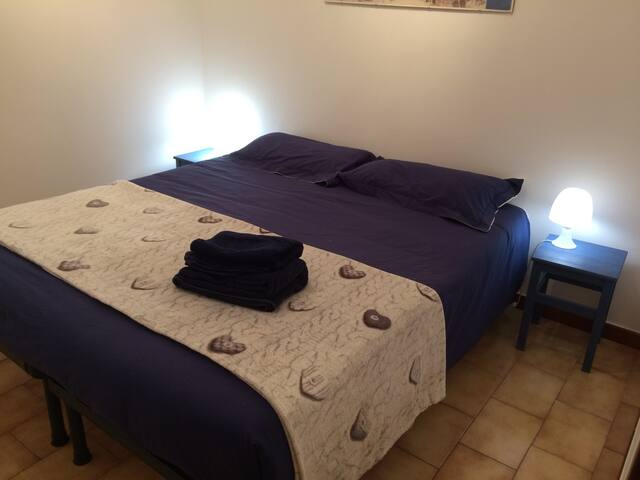 Seconda camera da letto - vista generale