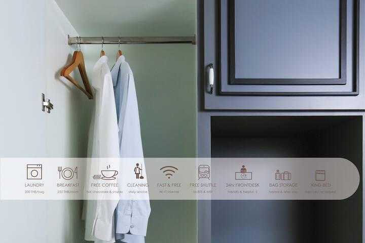 closet, safebox, & refrigerator
