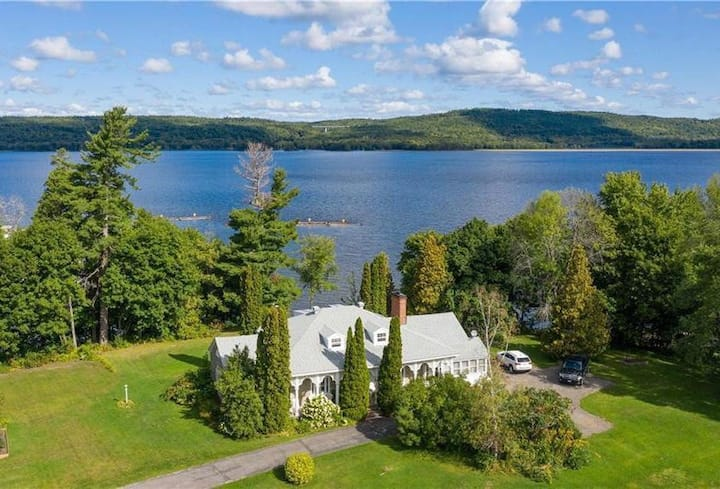 Riverest - Historical waterfront  property