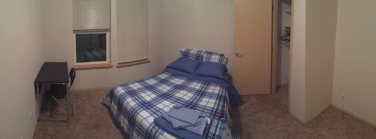 Bedroom near Downtown Everett, WA (#2)