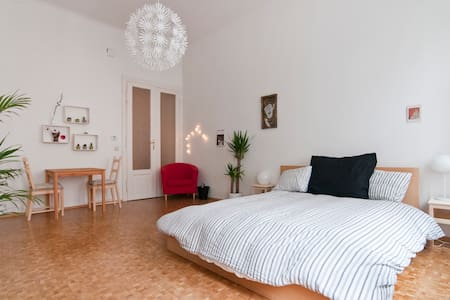 Central and cozy Viennese Flat (Prater) - Wien