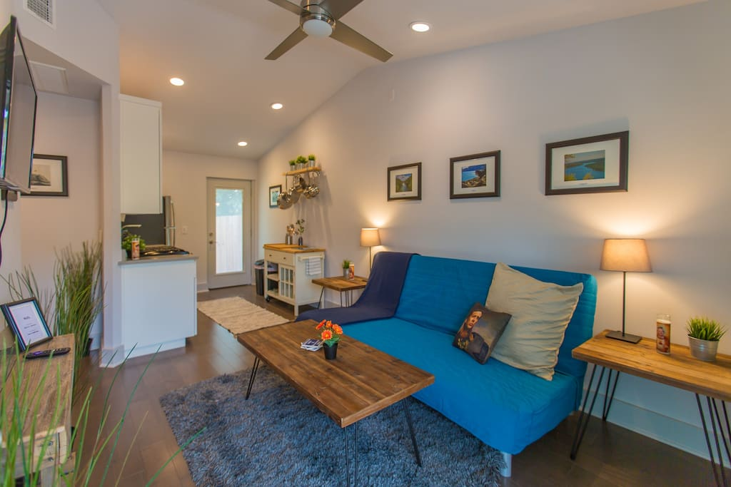 Centrally Located Fourplex With 8 Bedrooms Cep Houses For Rent In Austin Texas United States
