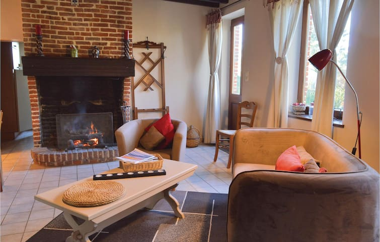 Holiday cottage with 2 bedrooms on 75m² in Romery