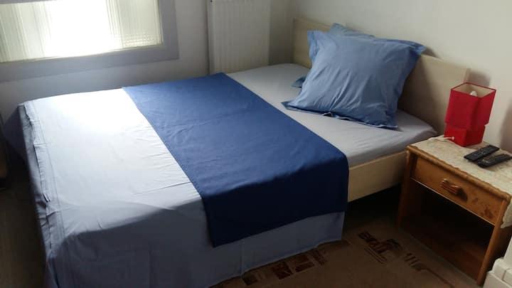 Une chambre Privée bien situé au NORD d'Amiens.