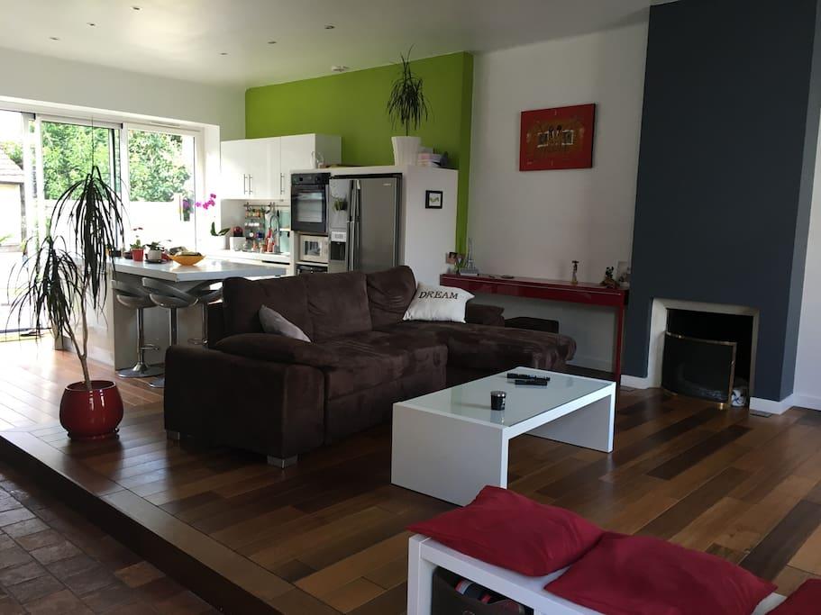 petite chambre douillette dans maison spacieuse maisons de ville louer nantes pays de la. Black Bedroom Furniture Sets. Home Design Ideas