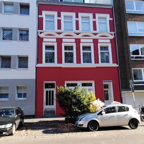 Moderne Studiowohnung in Düsseldorf-Unterbilk