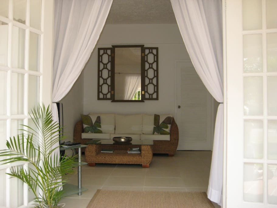 Starfish Stylish 1 Bedroom Apt In Holetown Apartments For Rent In Holetown Saint James