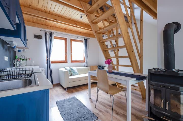 Elbújós házikó, Balaton – Kishegy Hill Cottage