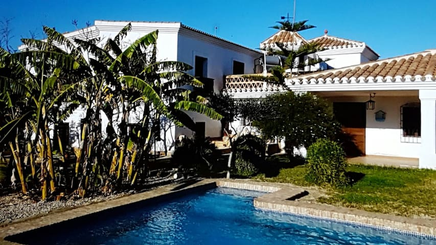 Airbnb Antas Vacation Rentals Places To Stay