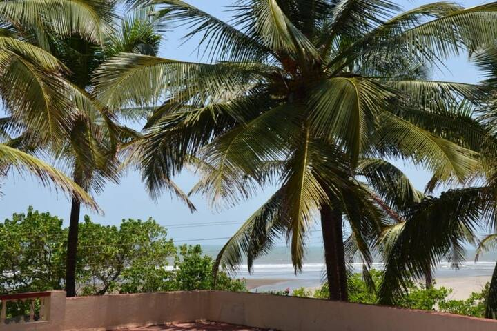 Dennis 3 bedroom beach villa @ Ashvem beach - ゴア - 別荘