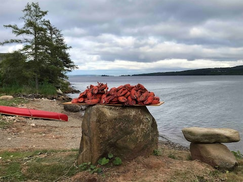 Baddeck Waterfront Home- Paddle the Bras D'or Lake