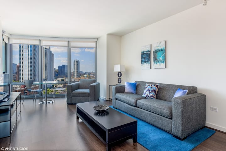 RIVER NORTH 1 BED GYM POOL WASHER/DRYER VIEWS (66)