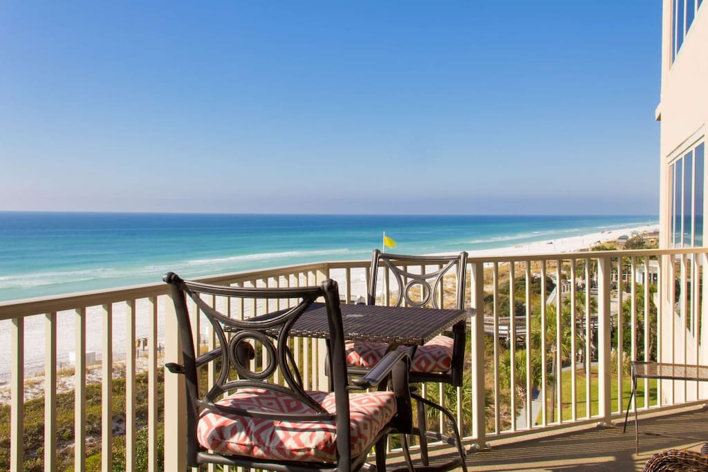 Enjoy the beautiful gulf views form this 5th floor balcony