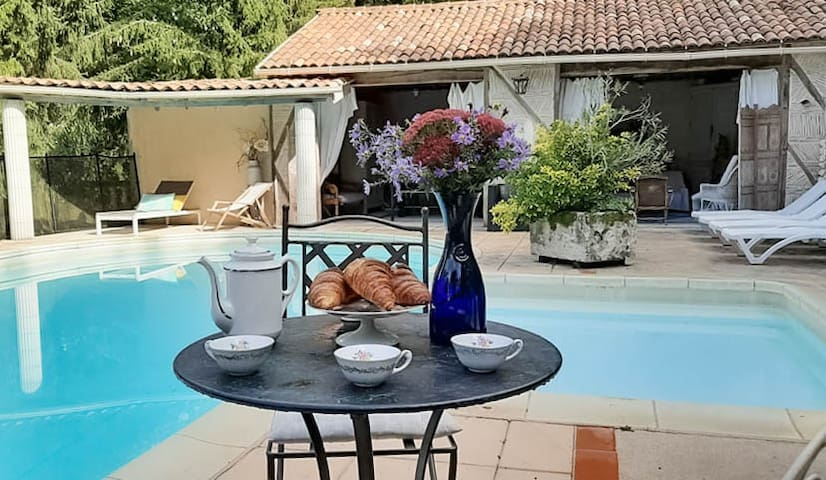 villa for 12 pers with private pool