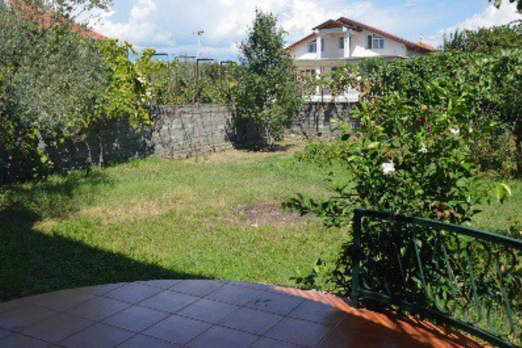 giardino retro villa