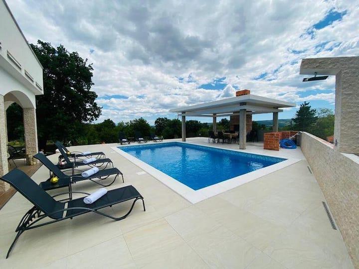 **Luxury Vila in Mostar, Villa Ramljak**