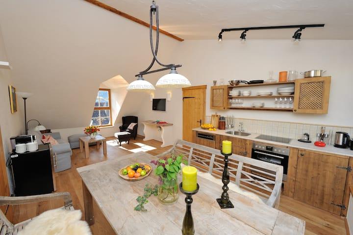 Wohnung im Winzerstil mit Zugang zum Garten Nr. 2