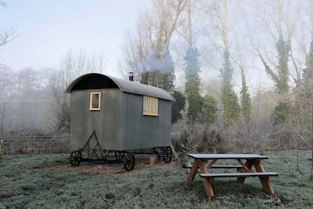 Fen Lodge Shepherd's Huts, a great place to unwind - Middleton - Pondok