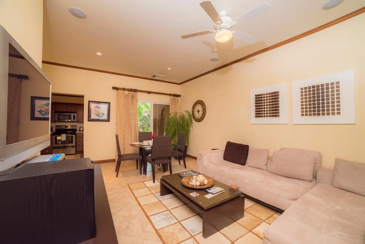 Cozy one bdr condo located in Los Sueños Resort