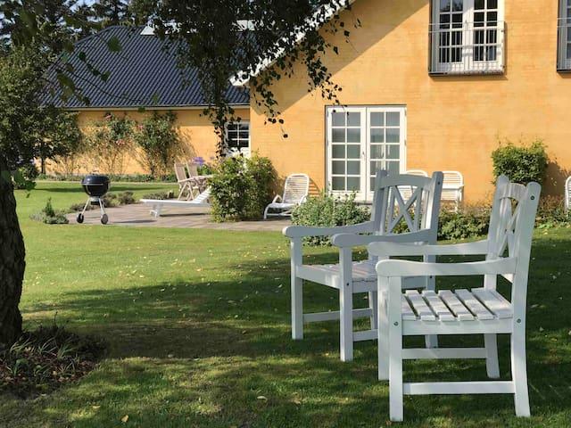Svejgaard B&B tæt ved havet og landlige omgivelser