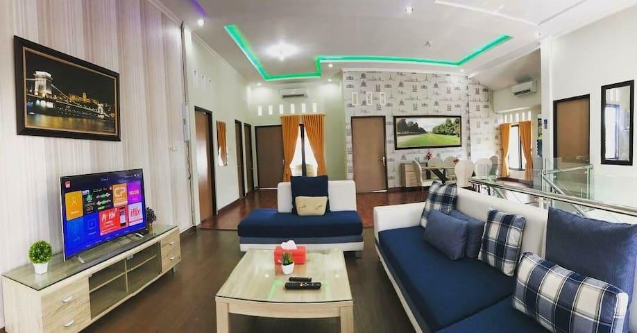 Nariska Suite Homestay Lampung, Lantai-2 dgn 3KT