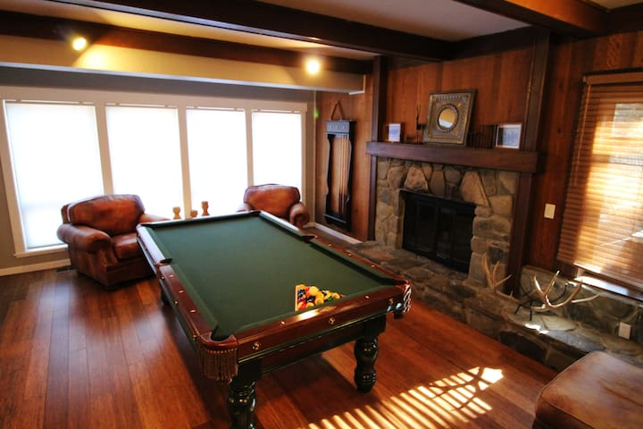 Lg Home - Tahoe City/Talmont - pool table/hot tub