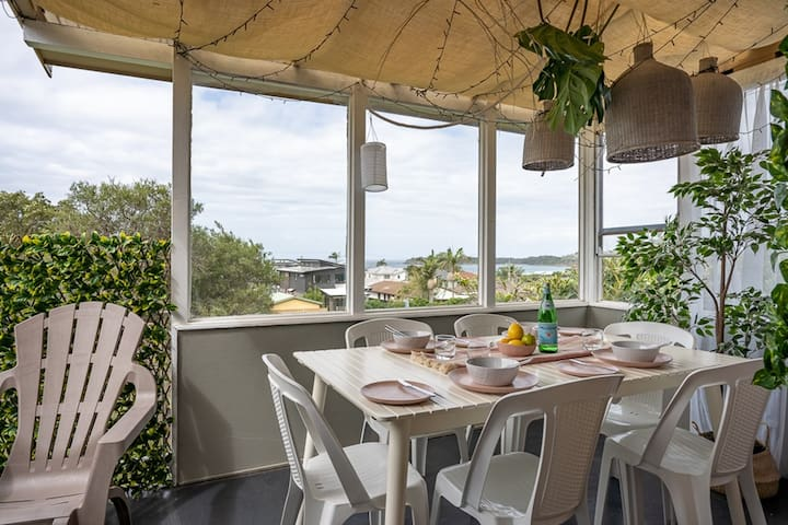 Kiama Golf Nest - Hit the greens or hit the beach