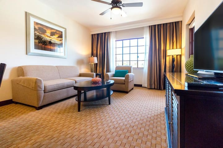Carlsbad Grand Vacation in a Resort!